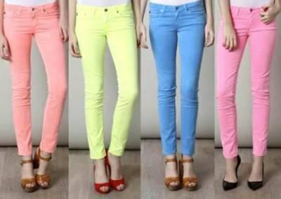 چست جینز اور فیشن سے تعلق رکھنے والے دیگر ملبوسات خواتین کیلئے کمر درد کا باعث بنتے ہیں