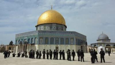 یہودی آباد کاروں کی مسجد اقصیٰ میں گھس کر مقدس مقام کی بے حرمتی