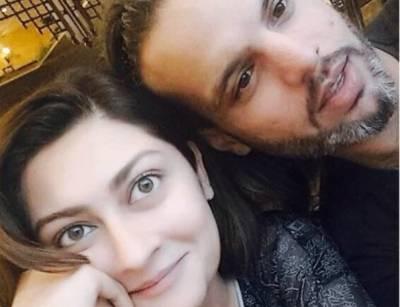 پاکستانی اداکارہ کی طلاق کی تصدیق،طلاق نامہ بھی پیش