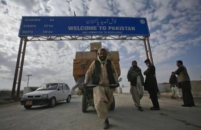 پاک افغان سرحد طورخم بارڈر کو آج صبح 8 بجے ہر قسم کی آمد ورفت کے لیے کھول دیا جائے گا