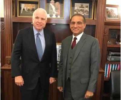 پاکستانی سفیر کی فارن افیئر کمیٹی کے چیئرمین اور جان مکین سے ملاقاتیں