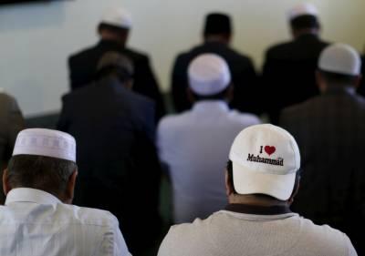 امریکا میں مسجد پر حملہ، شیشے توڑ دیئے