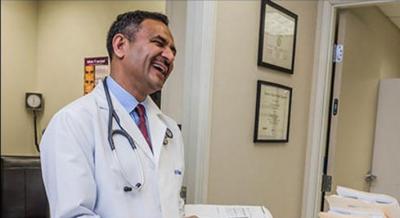 کیلیفورنیا میں پاکستانی ڈاکٹر آصف محمود کا گورنر کا انتخاب لڑنے کا اعلان