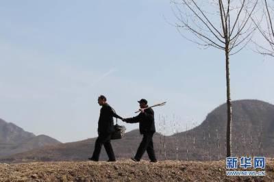 چین کے دو معذ ور جگری یاروں کی ہمت و جرات کی لازوال داستان