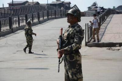 سری نگر: کشمیری نوجوانوں اور بھارتی فوج کے درمیان جھڑپیں، 2 بھارتی فوجی زخمی
