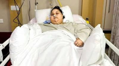 ہم نصف ٹن وزنی لڑکی کا علاج نہیں کر سکتے ،بھارتی ڈاکٹروں کا اعتراف