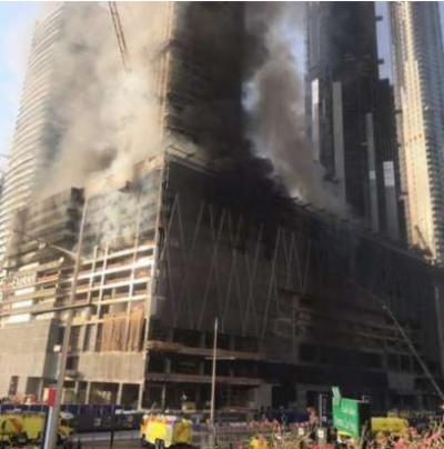 دبئی کی معروف عمارت میں اچانک آگ بھڑک اٹھی