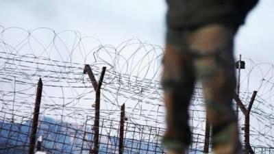 سری نگر ایئر پورٹ پر بھارتی فوجی کے سامان سے دو دستی بم برآمد