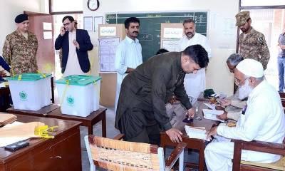 انتخابات میں پولنگ اسٹیشنز سیٹلائٹ فونز کے ذریعے منسلک کرنے کا منصوبہ