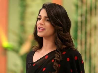 """عدنان ملک اور صنم سعید نئی اردو فلم """"کیک"""" میں کام کرینگے"""