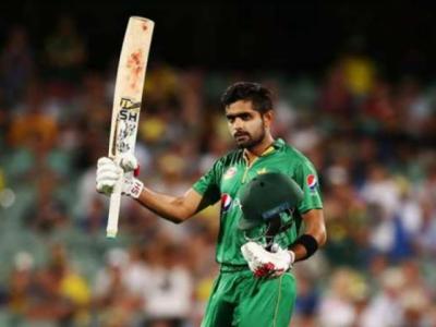 بابر اعظم واحد پاکستانی کھلاڑی ہیں جو بھارتی بیٹنگ لائن اپ میں بھی فٹ ہو سکتا ہے: رمیز
