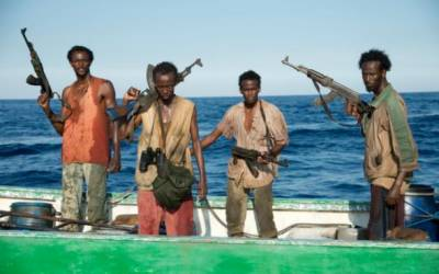 صومالی قزاقوں نے پاکستانی کشتی کو یرغمال بنا لیا