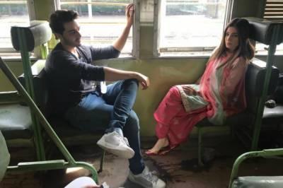 احسن خان اور عائشہ عمر کی فلم رہبرا کی شوٹنگ لگ بھگ مکمل ہوگئی