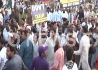 کراچی: جماعت اسلامی کے دھرنے میں بدنظمی، کارکنان اور پولیس آمنے سامنے