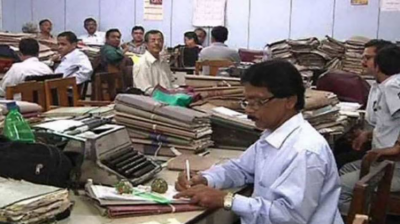 بھارت میں 2 سے زائد بچے پیداکرنے والے کو سرکاری نوکری نہ دینے کا فیصلہ