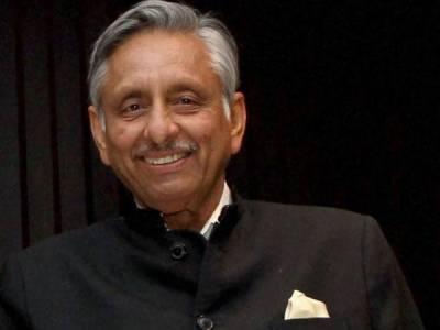 کلبھوشن یادیو کا کیس لڑنے کے لیے عاصمہ جہانگیر یا اعتراز احسن کی خدمات لی جائیں،بھارتی وزیر