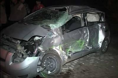 نامور سٹیج اداکار ظفری خان کار حادثے میں زخمی