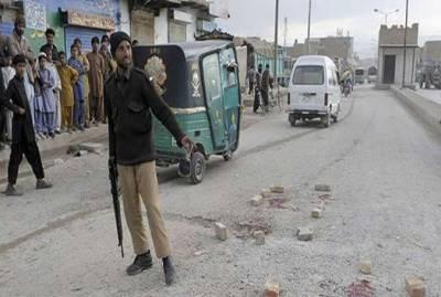 لاڑکانہ میں ضمنی بلدیاتی انتخابات کے دوران پولیس اہلکاروں میں تصادم ،کانسٹیبل جاں بحق