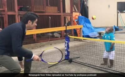جاپان: ٹینس کے سپر اسٹار بندر کے سوشل میڈیا پر چرچے