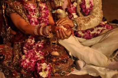 نوبہیتا دلہن نے خوبصورت نہ ہونے پر شوہر کو قتل کر دیا