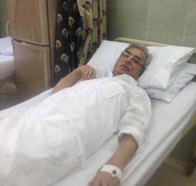 پارلیمنٹ کے باہر سینیٹر الیاس بلور کی طبیعت ناساز، اسپتال منتقل