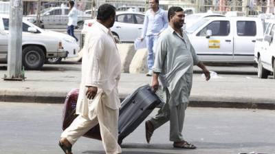 غیر قانونی طور پر رہائش پذیر 130 پاکستانیوں کو سعودی عرب نے ملک بدر کر دیا
