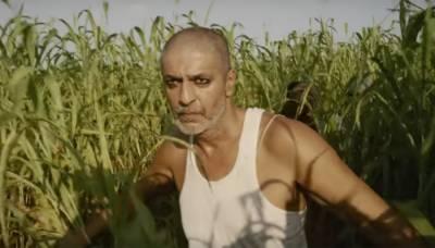 چنکی پانڈے نے فلم بیگم جان میں ایسا حلیہ اپنایا کہ دیکھ کر کسی کو بھی یقین نہیں آیا