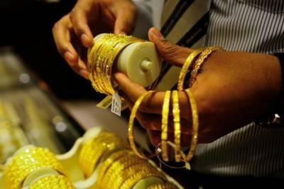 مقامی صرافہ بازار میں سونا 51 ہزار دو سو روپے کا ہوگیا