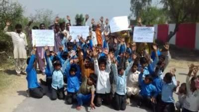 جلال پوربھٹیاں میں بھٹہ خشت مزوروں کے سینکڑوں بچے وزیر اعلی پنجاب کی سکیم سے محروم