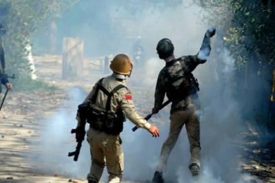 سری نگر: بھارتی فوج کی فائرنگ اور شیلنگ سے 60 سے زائد طلباء زخمی