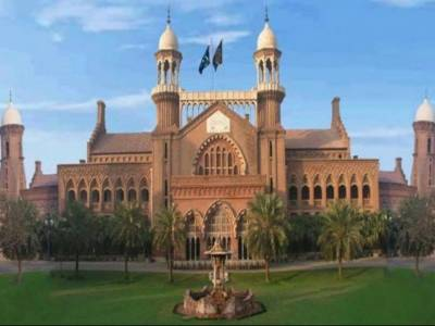 پانامہ کیس کے فیصلے سے پہلے لاہور ہائی کورٹ میں کیبل بند کر دی گئی