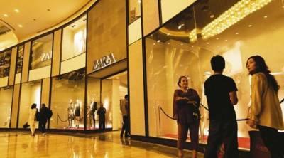 ممبئی : پاکستانی کپڑے فروخت کرنے پر انتہا پسندوں نے شاپنگ مال پر دھاوا بول دیا