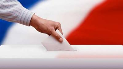 فرانس میں صدارتی انتخابات کا پہلہ مرحلہ شروع