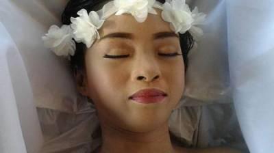 فلپائنی ماڈل کی خوبصورتی کو امر کرنے کی خواہش پوری ہوگئی