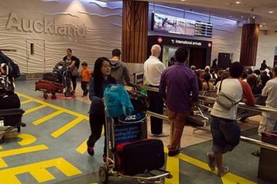 نیو زی لینڈ نے دبئی اور دوحہ سے آنے والی پروازوں پر سیکیورٹی چیکنگ بڑھانے کا اشارہ د یا