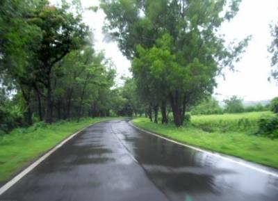 آئندہ 24گھنٹوں کے دوران آندھی اور گرج چمک کیساتھ بارش کاامکان