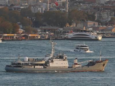روس کا بحری جہاز دھند کے باعث دوسرے بحری جہاز کے ساتھ ٹکرا کر تباہ