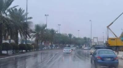 سعودی عرب میں شدید بارشیں اور ژالہ باری،موسم خوشگوار