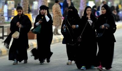 سعودی عرب میں غیر ملکیوں پر دو سے زائد موبائل سیمیں رکھنے پر پابندی عائد
