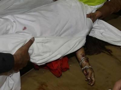 خان پور: لڑکی نے عاشق کے گھر جا کر خود کو گولی مارلی