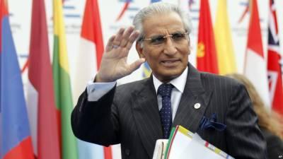 ڈان لیکس،وزیر اعظم کے مشیر طارق فاطمی کو عہدے سے ہٹا دیا گیا