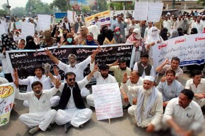 کوئٹہ:پیر امیڈکس کا دھرنا 2ہفتوں سے جا ری،مریض خوار