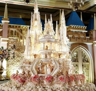 بیکری نے دنیا کے انوکھے ترین کیک بناکر سب کو حیران کردیا