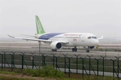 چین طیارہ سازی کی صنعت میں داخل، پہلے مسافر طیارے سی 919کی کامیاب آزمائشی پرواز