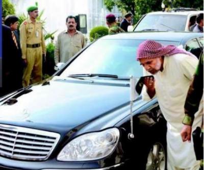عمران خان تین بار آستانے پر آئیں ،وزارت عظمی دلوا دوں گا'پیر اعجاز قادری