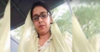 بھارتی شہری ڈاکٹر عظمیٰ 4 سالہ بیٹی کی والدہ ہے۔ ذرائع