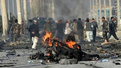 افغانستان میں کار بم اور بارودی سرنگ کے دھماکوں میں قبائلی سردار سمیت 9افراد ہلاک