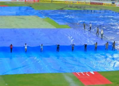 تیسرا اور آخری ٹیسٹ ، بارش نے کھیل روک دیا
