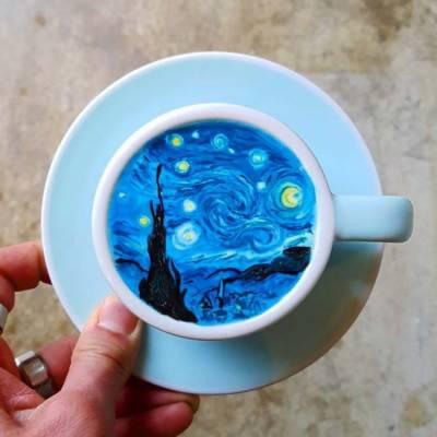 """کورین مصور نے """"کافی """" کے کپ میں بہترین تصاویر بنا کر حیران کر دیا"""