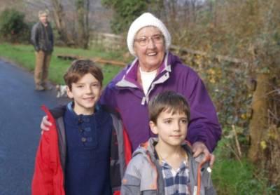83سالہ معمر خاتون غلطی سے تین سو کلو میٹر کا سفر کر بیٹھی